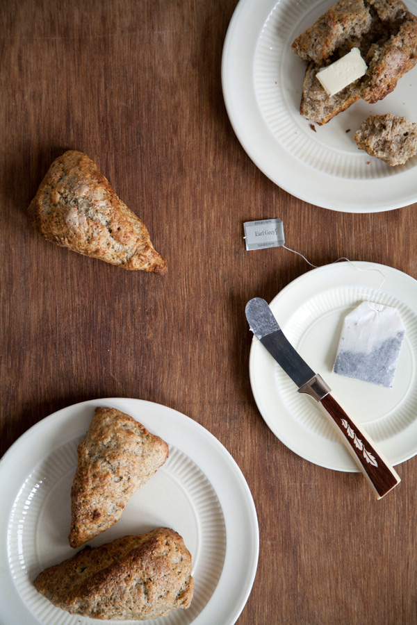 earl grey tea-infused scones // a thousand threads
