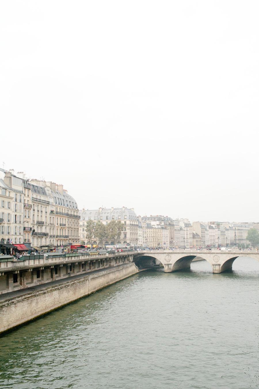 paris // a thousand threads