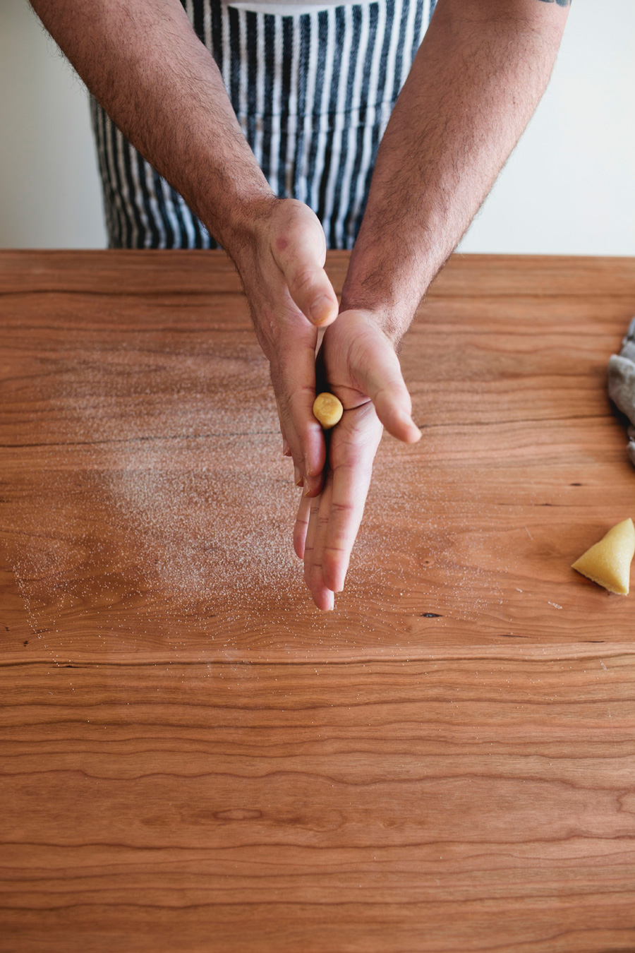 how to shape cavatelli and fettuccine // a thousand threads