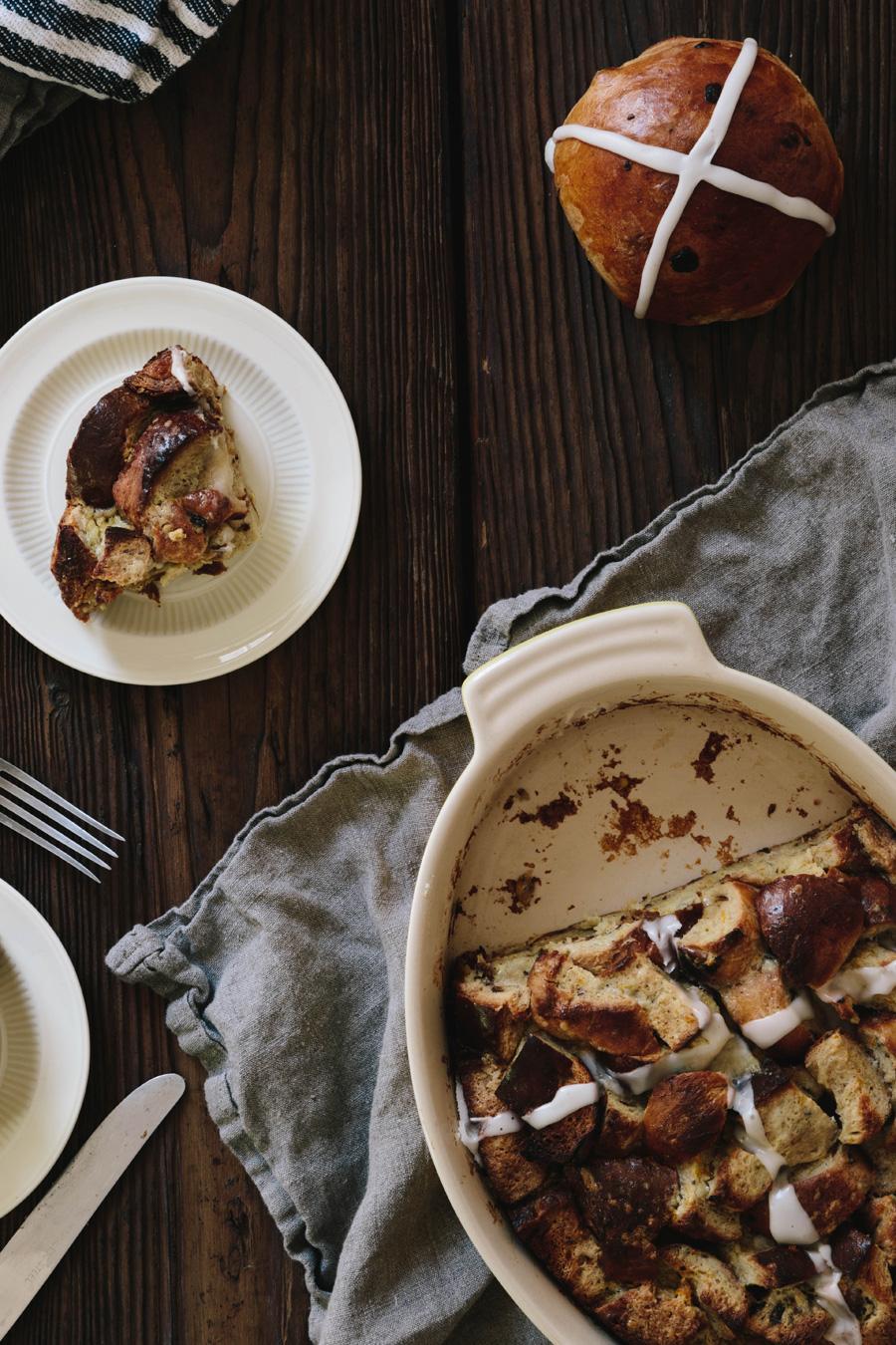 hot cross bun bread pudding // a thousand threads